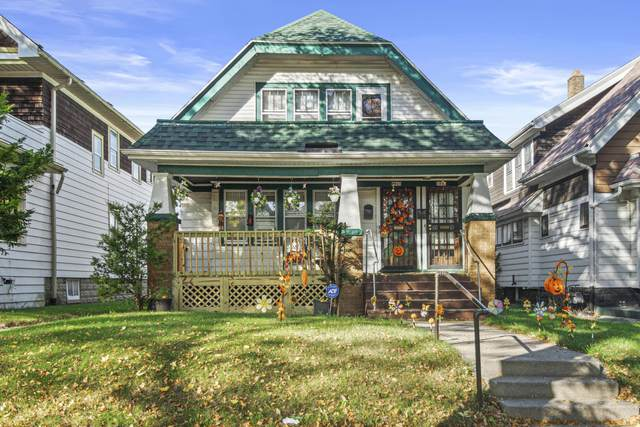 3865 N 24th Pl, Milwaukee, WI 53206 (#1768721) :: RE/MAX Service First