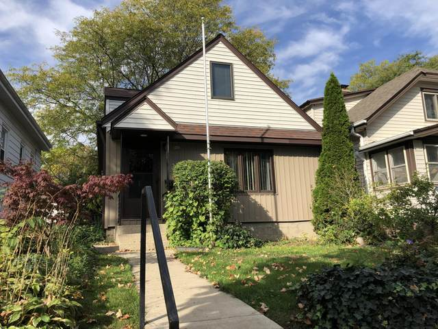 517 S 67th St, Milwaukee, WI 53214 (#1768722) :: RE/MAX Service First