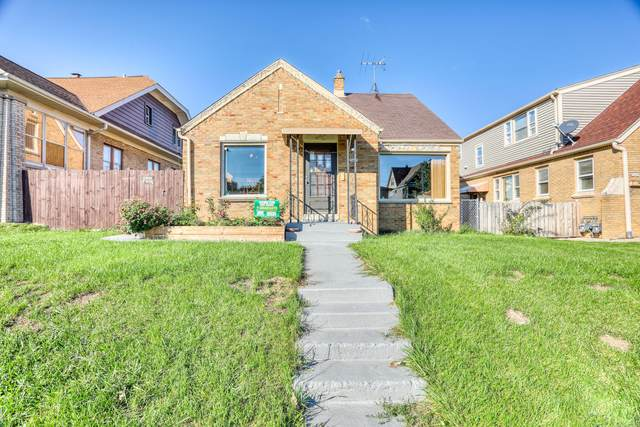 3453 S 13th St, Milwaukee, WI 53215 (#1768728) :: RE/MAX Service First