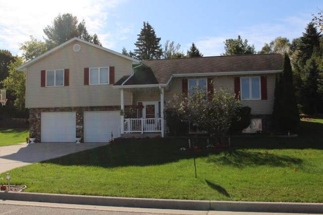 1445 Meadowbrook Dr, Cleveland, WI 53015 (#1768735) :: Keller Williams Realty - Milwaukee Southwest
