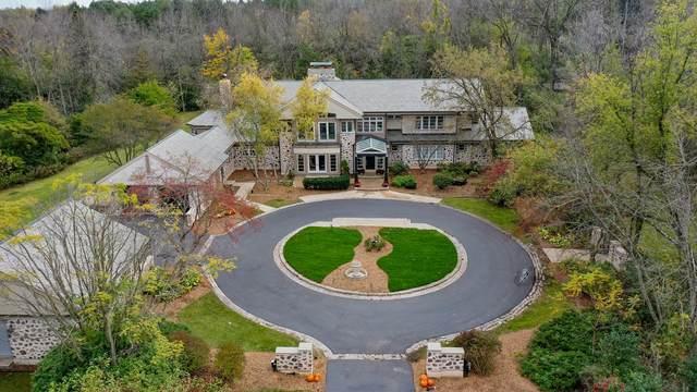 7880 N River Rd, River Hills, WI 53217 (#1768772) :: Tom Didier Real Estate Team