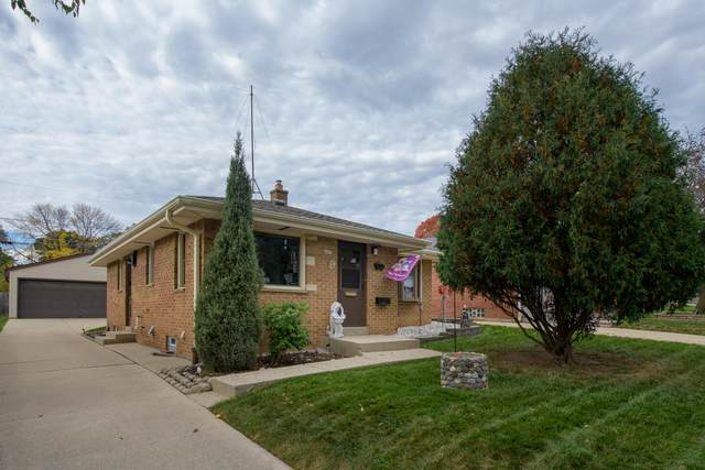 4435 S Taylor Ave, Milwaukee, WI 53207 (#1768814) :: RE/MAX Service First