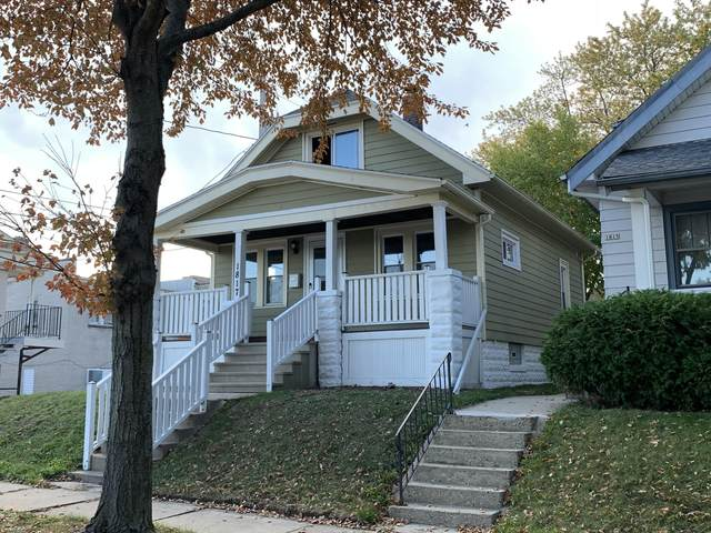 1817 S 61st St, West Allis, WI 53214 (#1768834) :: RE/MAX Service First