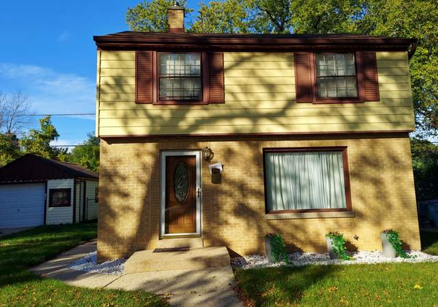 4545 N 23rd St, Milwaukee, WI 53209 (#1768846) :: RE/MAX Service First