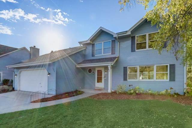1177 Lake Park Dr, Pewaukee, WI 53072 (#1768885) :: Keller Williams Realty - Milwaukee Southwest
