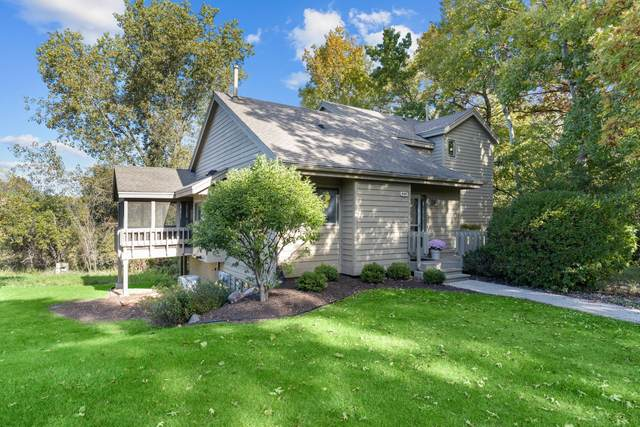 949 Duck Pond Rd #949, Fontana, WI 53125 (#1768945) :: EXIT Realty XL