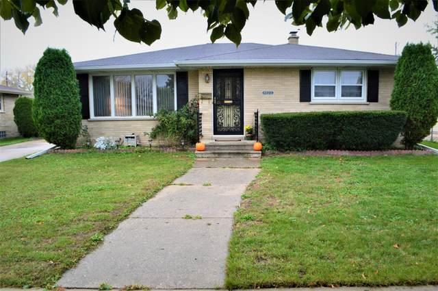 8222 15th Ave, Kenosha, WI 53143 (#1768975) :: Ben Bartolazzi Real Estate Inc