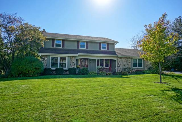 21435 Woodchuck Ln, Brookfield, WI 53045 (#1769033) :: EXIT Realty XL