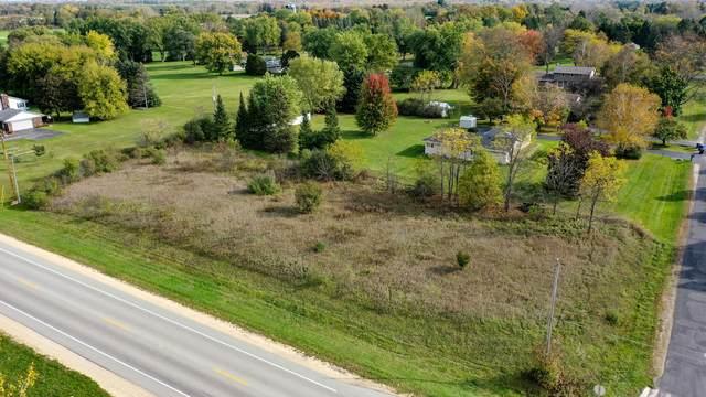 LtA Robinwood Ct, Cedarburg, WI 53012 (#1769066) :: Tom Didier Real Estate Team