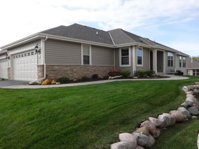 444 Woodfield Cir, Waterford, WI 53185 (#1769225) :: Ben Bartolazzi Real Estate Inc