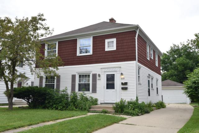 4468-70 N Woodburn St, Shorewood, WI 53211 (#1535912) :: Tom Didier Real Estate Team
