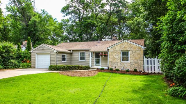 7412 N Longacre Rd, Fox Point, WI 53217 (#1536900) :: Vesta Real Estate Advisors LLC