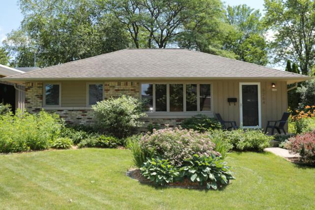 6264 N Lydell Ave, Whitefish Bay, WI 53217 (#1537225) :: Tom Didier Real Estate Team
