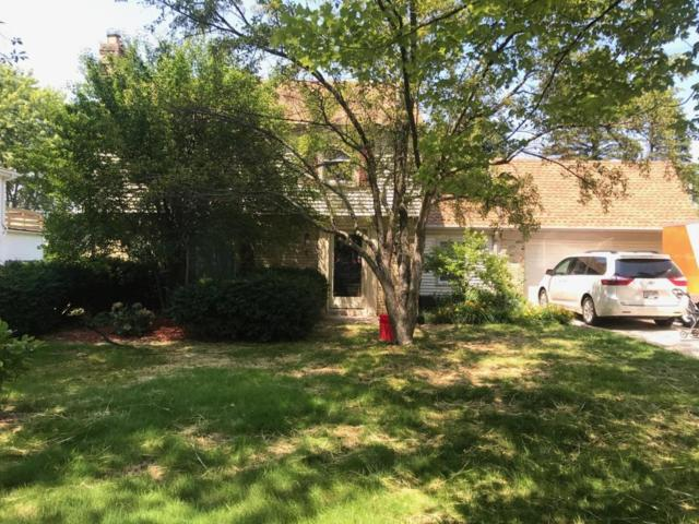 314 E Spooner Road, Fox Point, WI 53217 (#1539252) :: Vesta Real Estate Advisors LLC