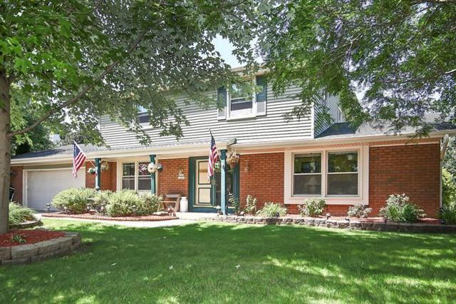 N105W16818 Old Farm Rd, Germantown, WI 53022 (#1540996) :: Vesta Real Estate Advisors LLC