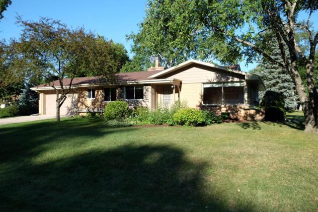 6946 N Glen Shore Dr, Glendale, WI 53209 (#1546156) :: Vesta Real Estate Advisors LLC