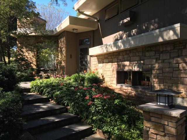 615 Florence Dr, Elm Grove, WI 53122 (#1554232) :: Vesta Real Estate Advisors LLC