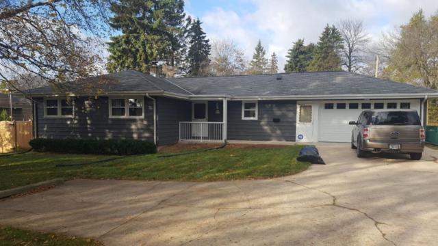 W61N319 Washington Ave, Cedarburg, WI 53012 (#1555183) :: Tom Didier Real Estate Team