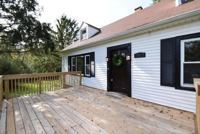 10019 N Meadow Lane, Mequon, WI 53092 (#1555944) :: Tom Didier Real Estate Team