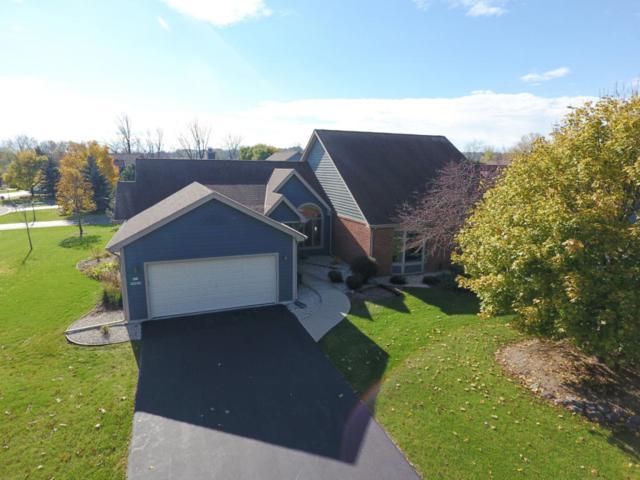 N19W26655 Milkweed Ln A, Pewaukee, WI 53072 (#1557570) :: Vesta Real Estate Advisors LLC