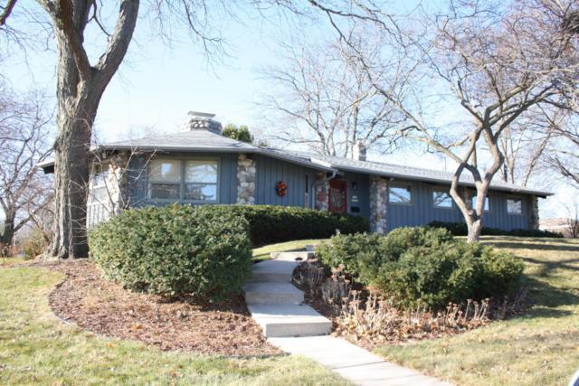 W169N8921 Hoyt Dr, Menomonee Falls, WI 53051 (#1559918) :: Vesta Real Estate Advisors LLC
