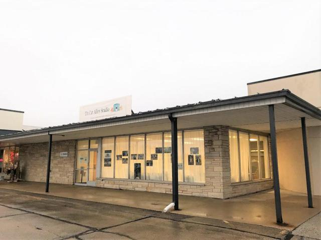 104 South Side Shopping Center, Chilton, WI 53014 (#1564312) :: Tom Didier Real Estate Team