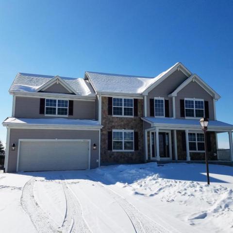 W175N9947 Wendy Ln, Germantown, WI 53022 (#1566337) :: Vesta Real Estate Advisors LLC