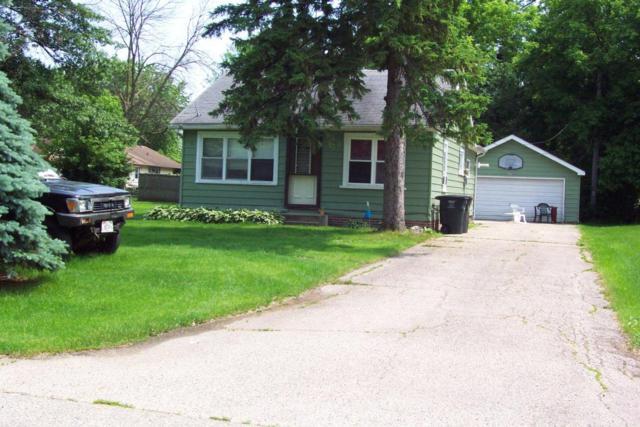 115 W Elm St, Silver Lake, WI 53170 (#1566425) :: Tom Didier Real Estate Team