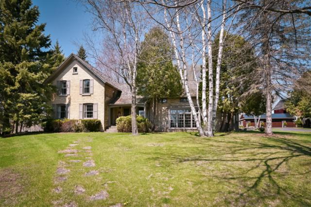 2510 W Hawthorne Dr, Saukville, WI 53080 (#1582044) :: Tom Didier Real Estate Team