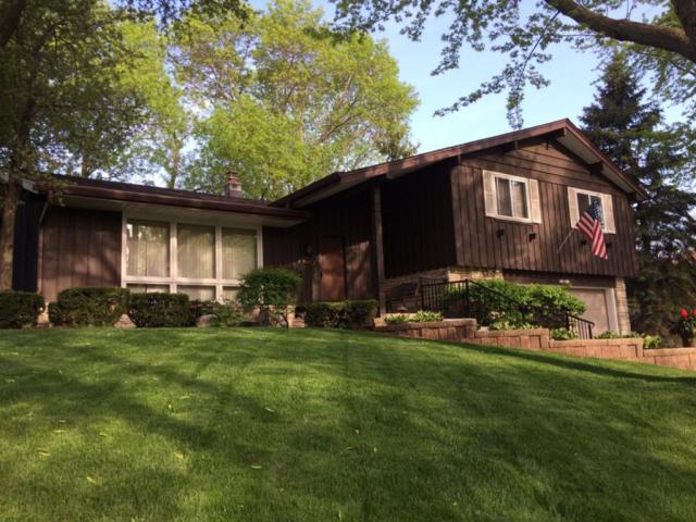 2853 N 122nd St, Wauwatosa, WI 53222 (#1582507) :: Vesta Real Estate Advisors LLC