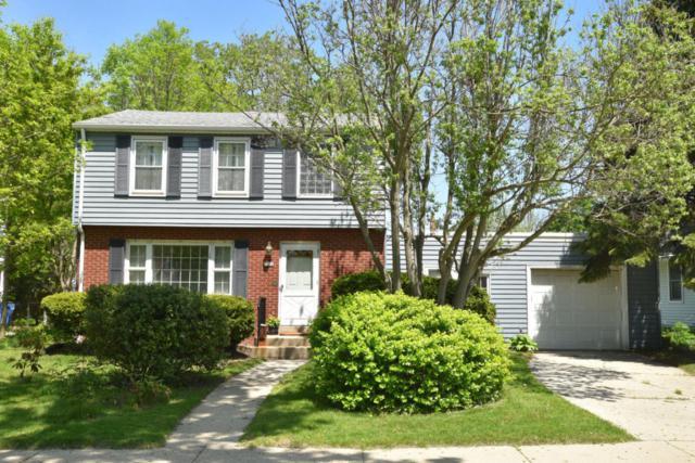 1024 E Hampton Rd, Whitefish Bay, WI 53217 (#1586677) :: Vesta Real Estate Advisors LLC