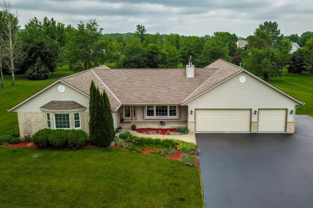 4965 Bayfield Dr, Waterford, WI 53185 (#1592318) :: Tom Didier Real Estate Team