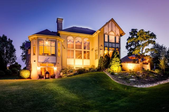 N52W21276 Golfview Ct, Menomonee Falls, WI 53051 (#1598601) :: Vesta Real Estate Advisors LLC