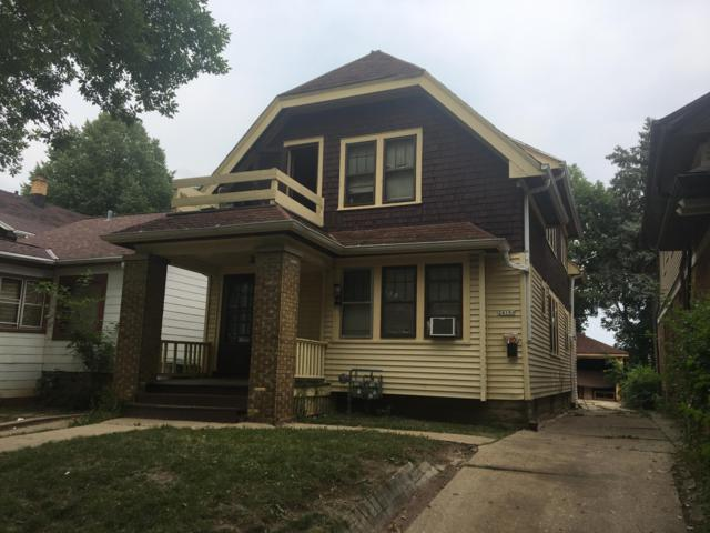 2418 N 53rd St 24A, Milwaukee, WI 53210 (#1600939) :: Tom Didier Real Estate Team