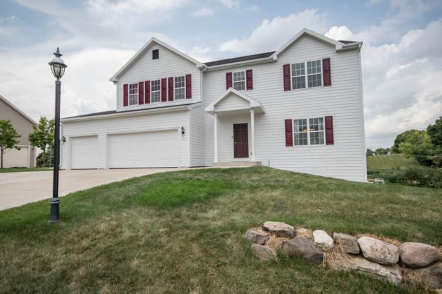 3638 Oak Valley Ln, Waukesha, WI 53188 (#1601273) :: Tom Didier Real Estate Team