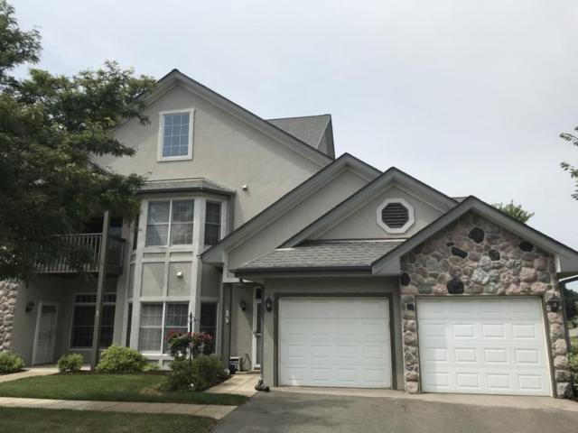 N30W23066 Pineview Way #5, Pewaukee, WI 53072 (#1601501) :: Vesta Real Estate Advisors LLC