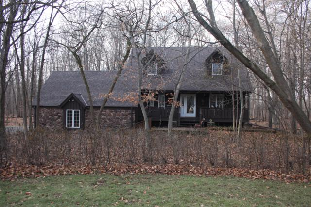 9848 N Andover Ct 99W, Mequon, WI 53097 (#1606335) :: Tom Didier Real Estate Team