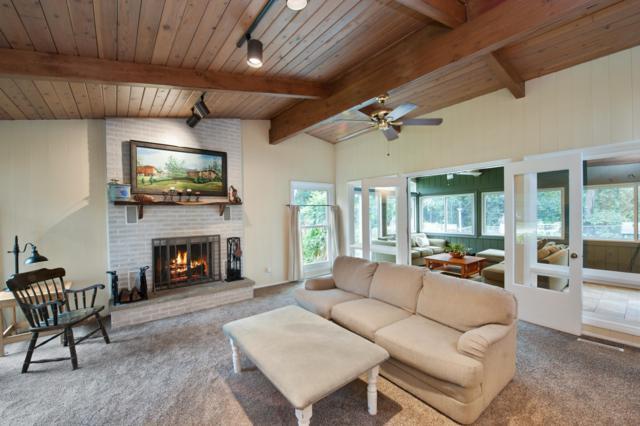 40105 97th St, Randall, WI 53128 (#1607256) :: Tom Didier Real Estate Team
