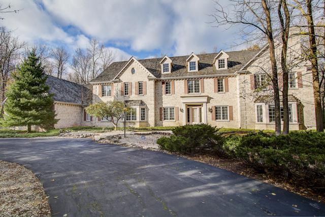 120 W Miller Dr, Mequon, WI 53092 (#1607746) :: eXp Realty LLC