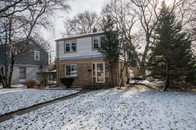 10525 W Manor Park Dr, West Allis, WI 53227 (#1608838) :: Tom Didier Real Estate Team