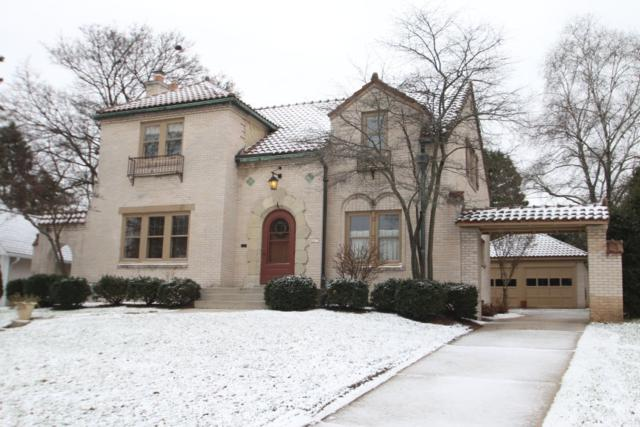 6617 Revere Ave, Wauwatosa, WI 53213 (#1609034) :: Tom Didier Real Estate Team