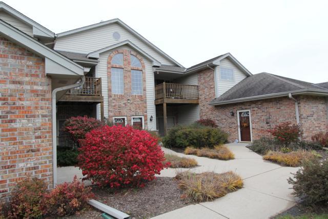 628 W Hillcrest Rd D, Saukville, WI 53080 (#1610966) :: Tom Didier Real Estate Team