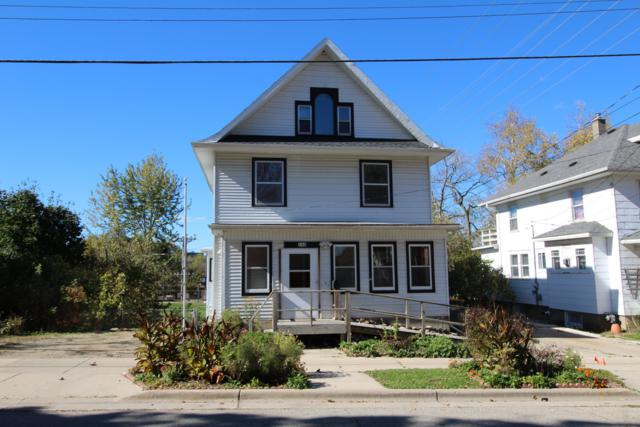 183 S Washington St, Waterloo, WI 53594 (#1611085) :: Vesta Real Estate Advisors LLC