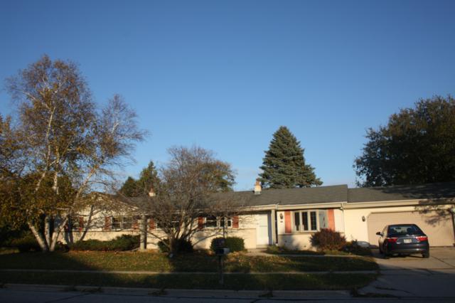 777 Sheridan Dr, West Bend, WI 53095 (#1611510) :: Tom Didier Real Estate Team