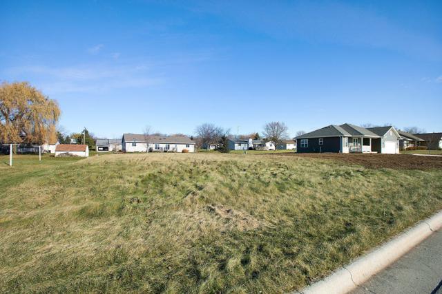 Lot 9 Pine Ridge Ave, Howards Grove, WI 53083 (#1615128) :: Tom Didier Real Estate Team