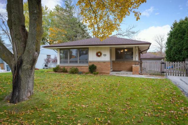 7370 N Iroquois Rd, Fox Point, WI 53217 (#1616027) :: Vesta Real Estate Advisors LLC