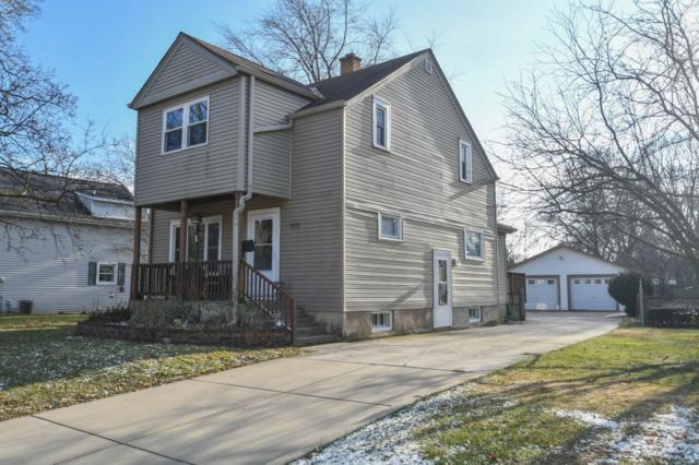 709 W Wisconsin Ave, Oconomowoc, WI 53066 (#1616479) :: RE/MAX Service First