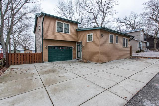 27025 101st St, Salem, WI 53179 (#1617743) :: RE/MAX Service First Service First Pros