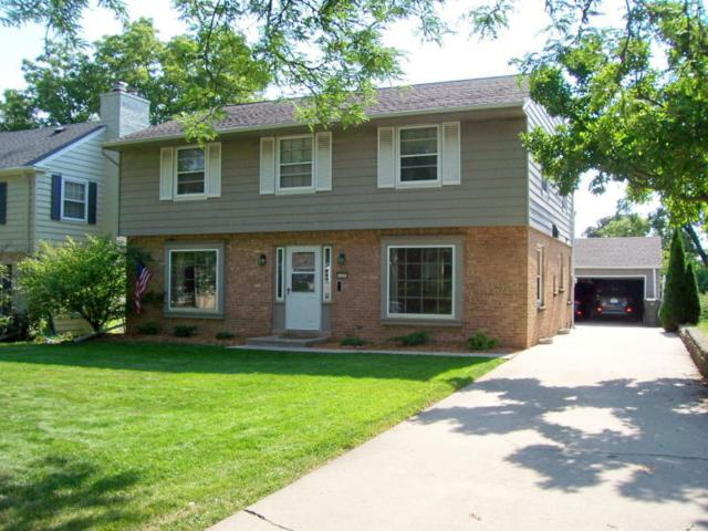 610 Pleasant View St, Wauwatosa, WI 53226 (#1622399) :: eXp Realty LLC