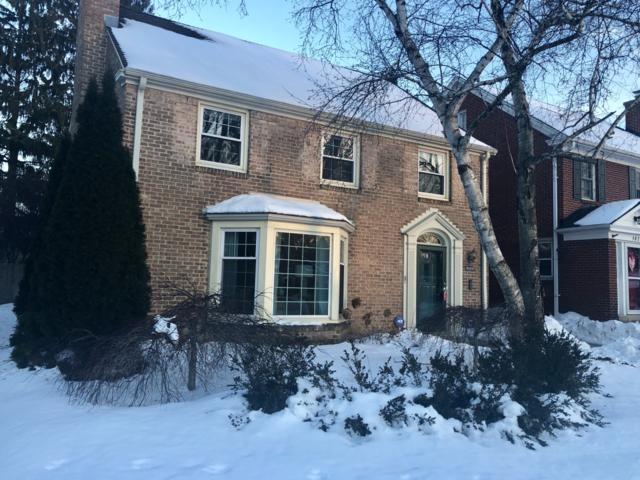 5826 N Kent Ave, Whitefish Bay, WI 53217 (#1622640) :: Tom Didier Real Estate Team